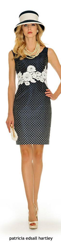 Luisa Spagnoli Pencil Dress: inspire-se e transforme o seu vestido de bolinhas, com aplicações de renda.