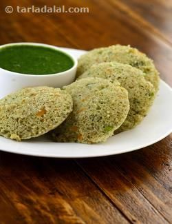 Rice and Moong Dal Idli recipe | by Tarla Dalal | Tarladalal.com | #4665