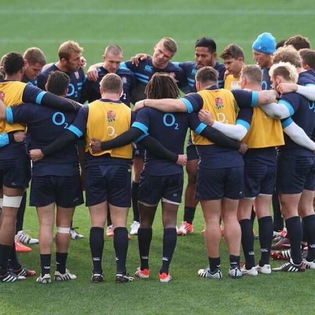 Sports Rugby Live: Team Huddle During The Captain's Run-just Love This Part