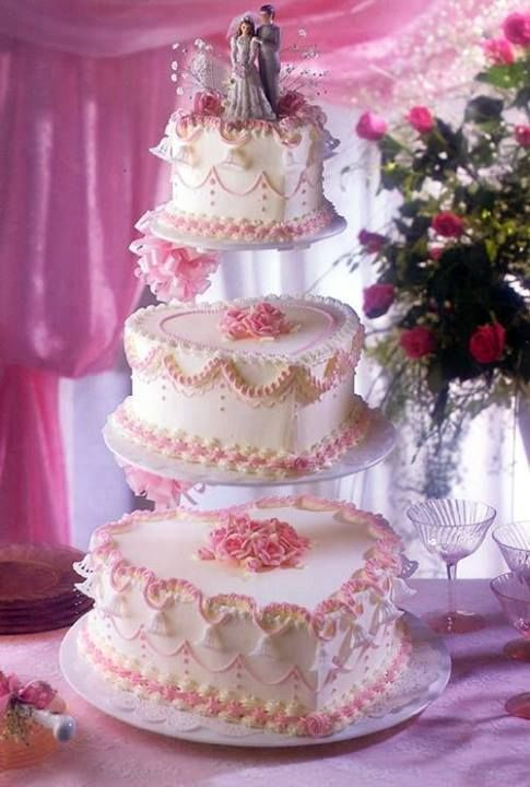 Lovely Wedding Cake Heart Shaped With Pink U0026 White ♥♥
