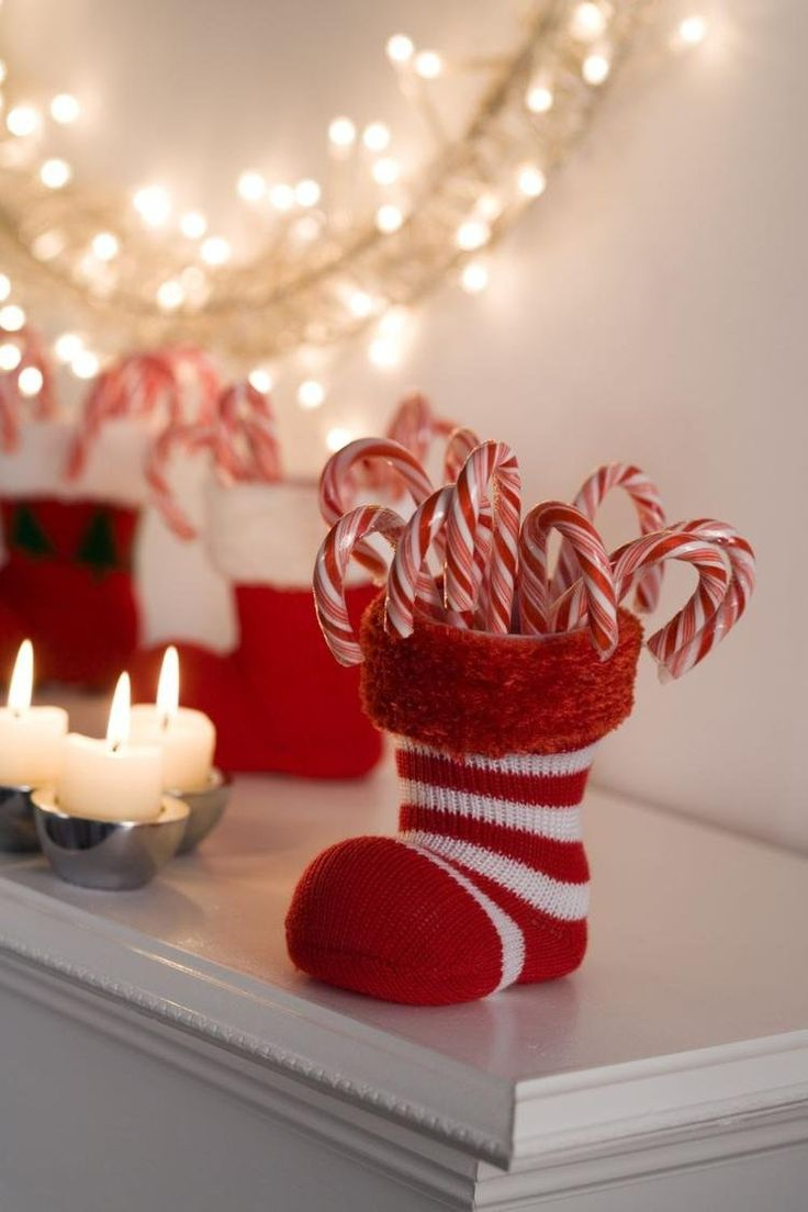 1000 id es propos de chaussettes de no l sur pinterest for Decoration noel traditionnel
