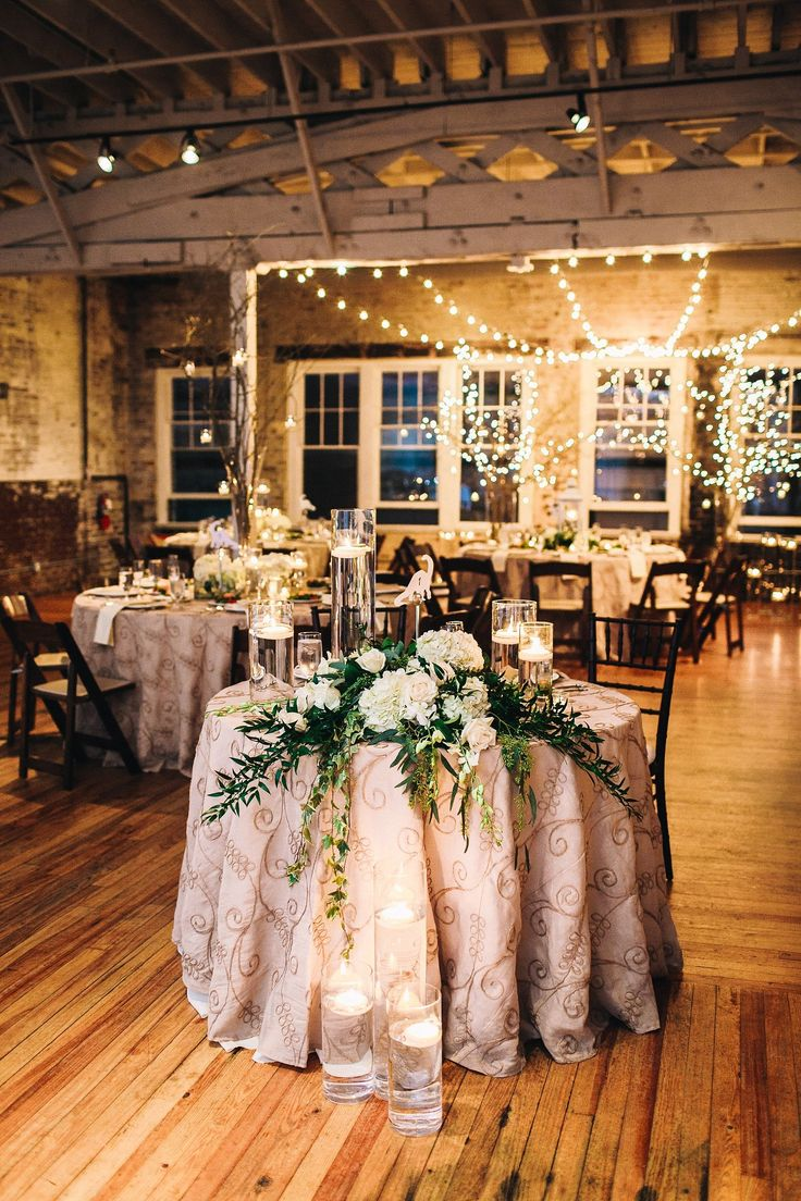 Downtown Raleigh Wedding at the Stockroom at 230