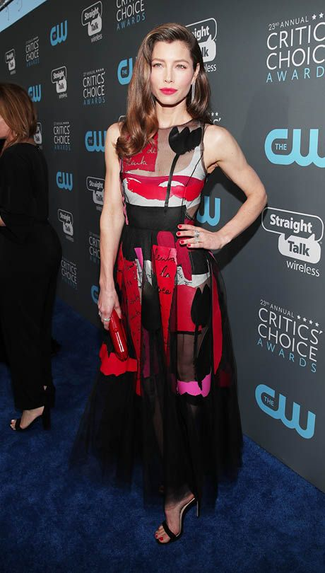 All the Red Carpet Fashion from the Critics' Choice Awards 2018 – PAUL CH