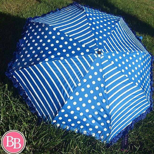 Don't get caught in the rain without our Game Day Umbrella at BB!! #BBGirls #rainyday #umbrella www.brandisboutiqueshop.co > Game Day ☔️