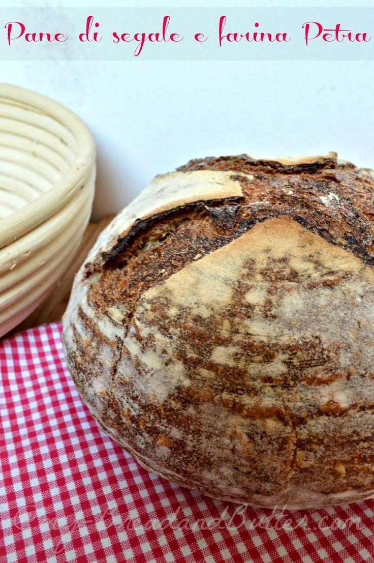 Pane di segale e farina Petra con licoli (riposo notturno)