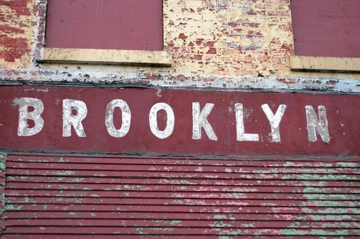 Brooklyn signwritting