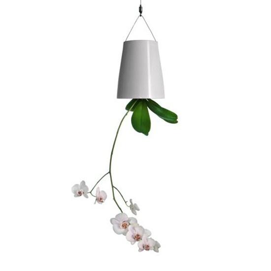 Sky Planter $140.00  - http://decor8.com.br