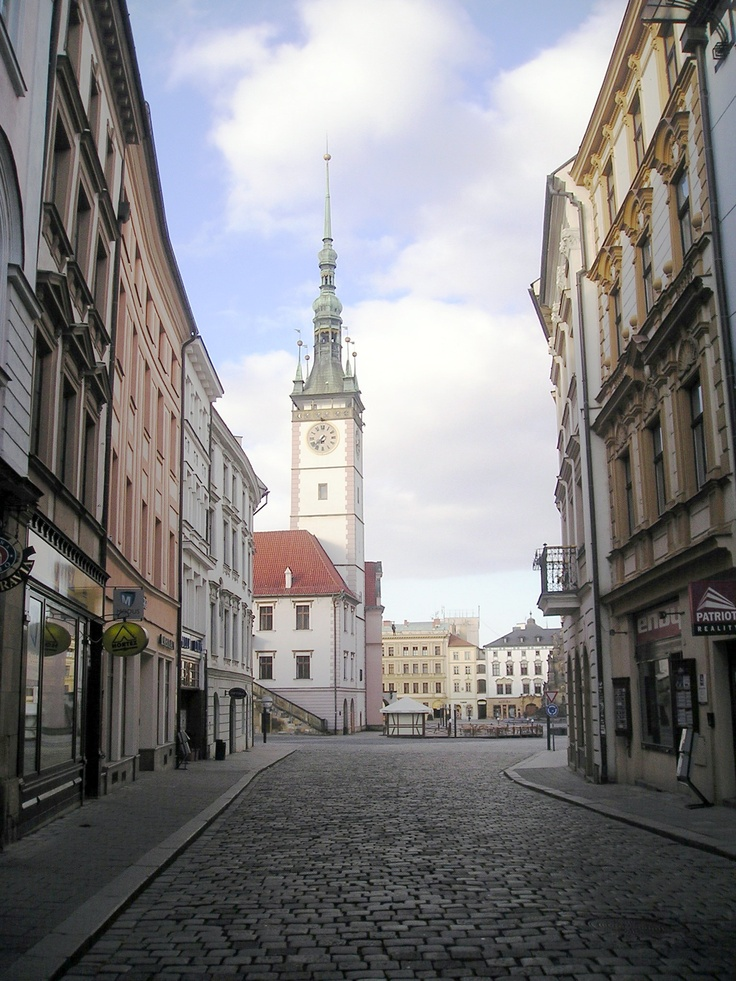 A pic from my daily walk from Palacky University to the main square during my first trip to Owensboro's Sister City of Olomouc, Czech Republic, in April 2011. It is my first trip because there will be more!
