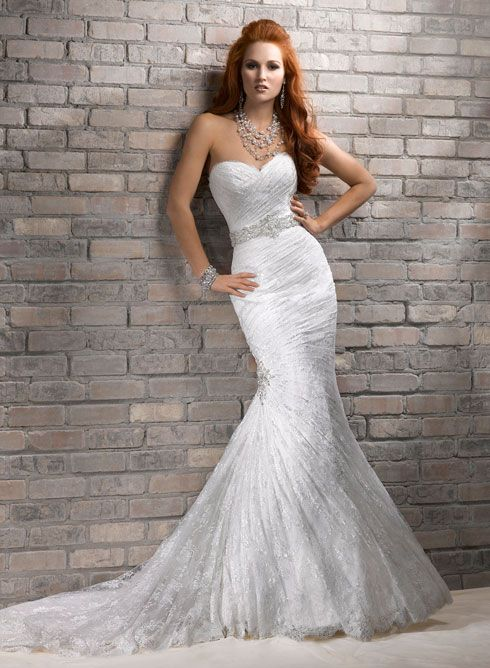 Large View of the Arabella Bridal Gown