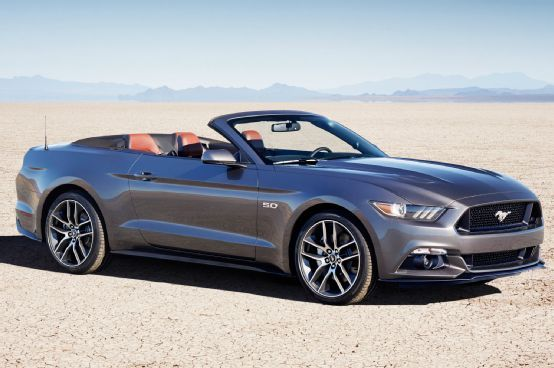 2015 Ford Mustang Convertible First Look - Motor Trend Yes, please!