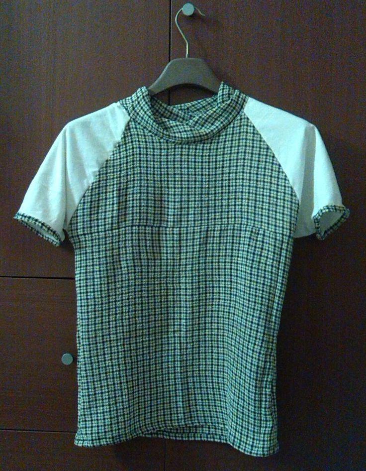 Recupero: piccoli pezzi di stoffa per una maglietta. :)