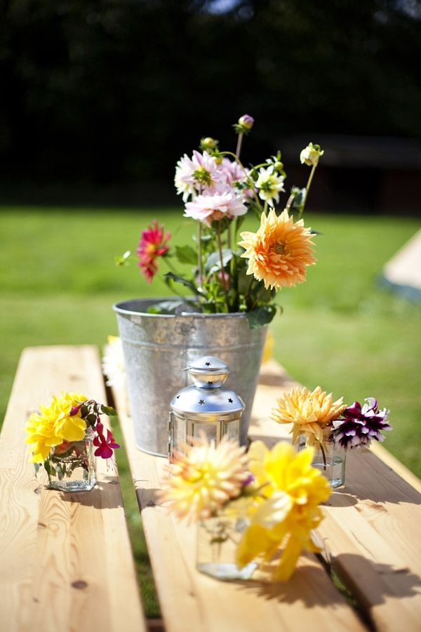1000 images about easy summer table decorations on Simple flower decoration ideas