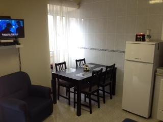 Louez cette propriété de 3 chambres pour 360€ par semaine ! Afficher les photos, les avis et les disponibilités à House for rent in Sao Miguel, Acores Portugal.