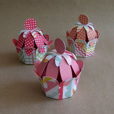 DIY paper cupcakes  SVG cutting file by paperlunies on Etsy, $6.90