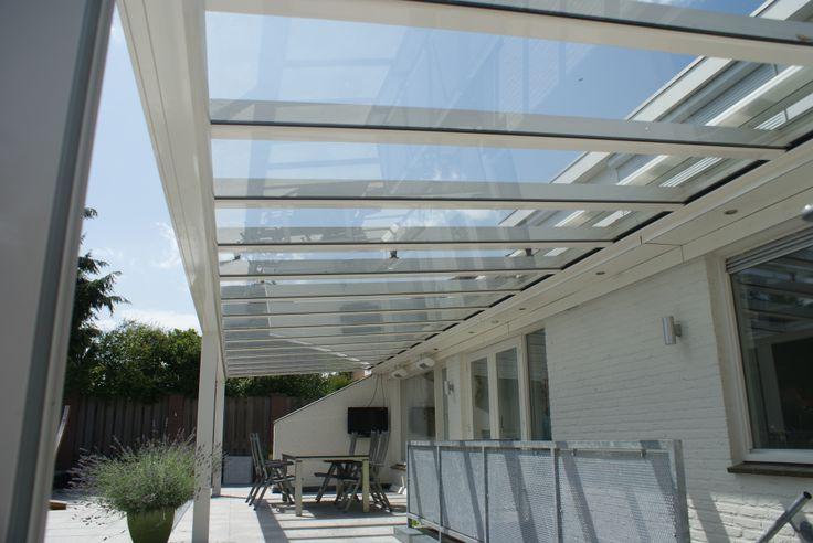 Riva veranda van Verano met glasplaten en verlichting