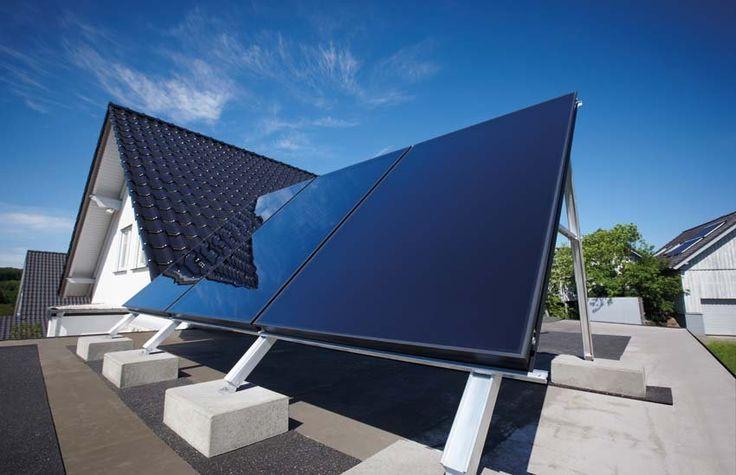 Využívanie obnoviteľných zdrojov energie na prípravu teplej vody je vdomácnostiach čoraz populárnejšie. A to aj vďaka podpore štátu vo forme dotácií. Bezplatná energia zo slnka sa dá využívať jednoducho a zároveň veľmi efektívne. Umožňujú to najmodernejšie solárne systémy so solárnymi kolektormi.  Značka Vaillant si uvedomuje stúpajúci význam využívania slnečnej energie. Do rodinných domov a energeticky pasívnych domov preto odporúča solárnu zostavu auroSTEP plus svyššou energetickou…