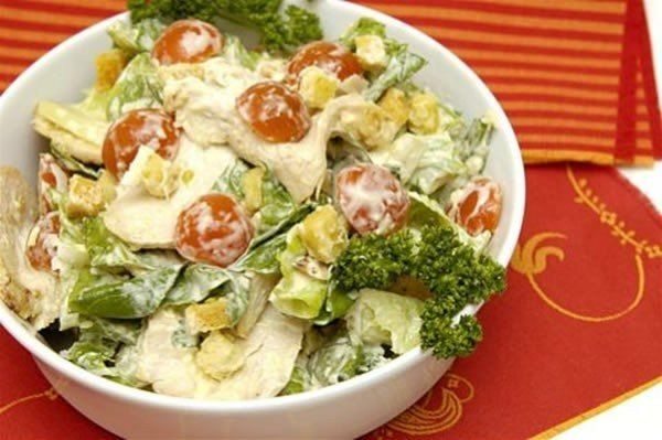 "Салат ""Цезарь"" с курицей | Кулинарные Рецепты"