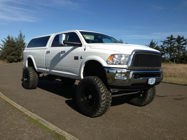 let's see those white 4th gen Crew Cabs with black wheels - Page 3 - Dodge Cummins Diesel Forum