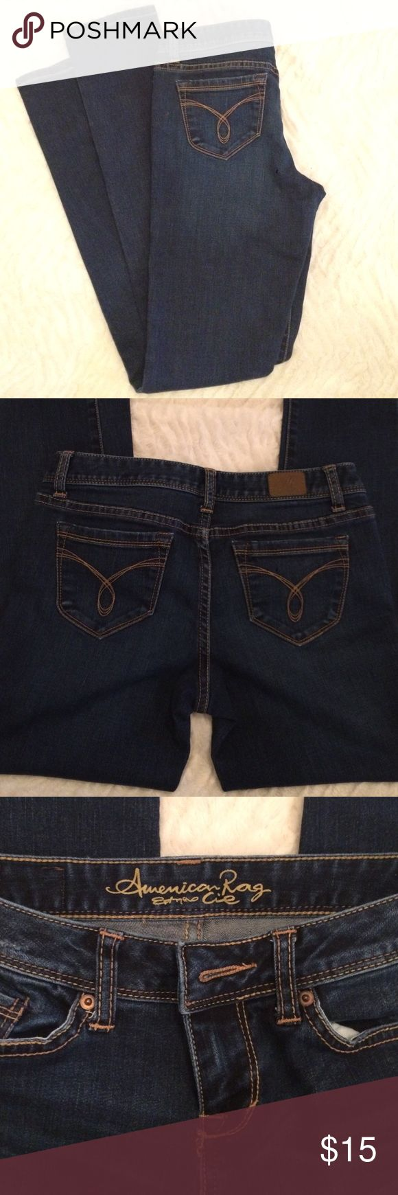 American Rag jeans. Size 3 Size 3 American Rag jeans, dark stretchy denim, skinny leg. American Rag Jeans Skinny
