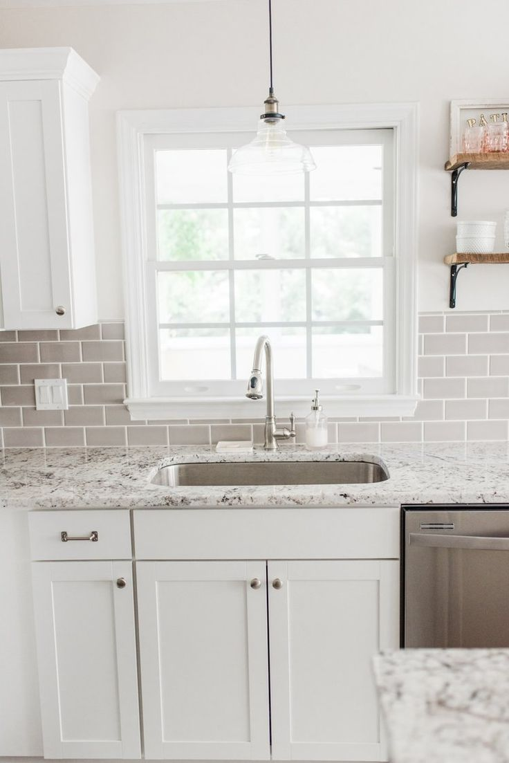 Best Lowe S Stock Cabinets Review White Shaker Kitchen 400 x 300