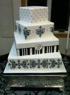 Modern Damask cake. I love how they layers are offset