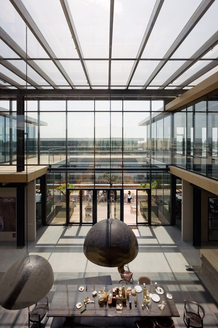 Barts office and showroom in amsterdam interior design of for Interieur design amsterdam
