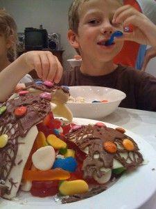 chocolate pinyata birthday cake boys cake ideas
