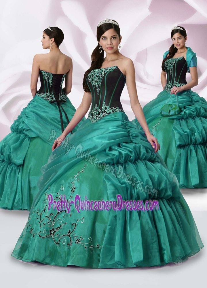 7 best most outrageous prom dresses images on pinterest for Cheap wedding dresses az