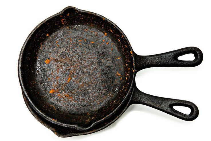 ***¿Cómo Reparar Sartenes de Hierro Fundido?*** Aprende la manera más fácil de recuperar utensilios de hierro fundido, sean ollas, sartenes, recipientes y todo lo que quieras volver a usar......SIGUE LEYENDO EN...... http://comohacerpara.com/reparar-sartenes-de-hierro-fundido_11414h.html