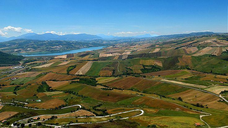 Irpinia - Lago di Conza e monti Picentini visti da Cairano (AV)   #TuscanyAgriturismoGiratola
