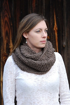 free pattern if only I could knit: Cowl Patterns, Free Pattern, Color, Infinity Scarf, Crochet Scarves, Crochet Patterns, Stitch Cowl, Soft Stitch, Crochet Cowls