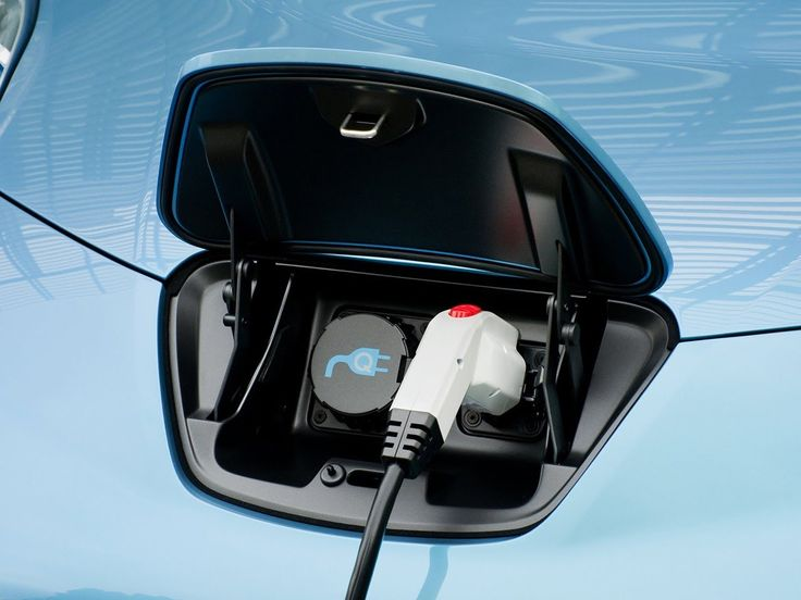 How long to charge a 2011/2012 Nissan Leaf?