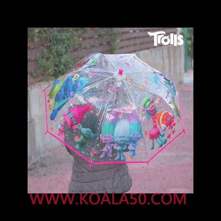 Paraguas Transparente Burbuja Fucsia Trolls - 4,39 €  ¡Sorprende a los más pequeños de la casa con el paraguastransparente burbuja fucsia Trolls! Este paraguas es el complemento perfecto para todos los niños.Estructura: 75% metal, 25 %...  http://www.koala50.com/regalos-para-ninos/paraguas-transparente-burbuja-fucsia-trolls