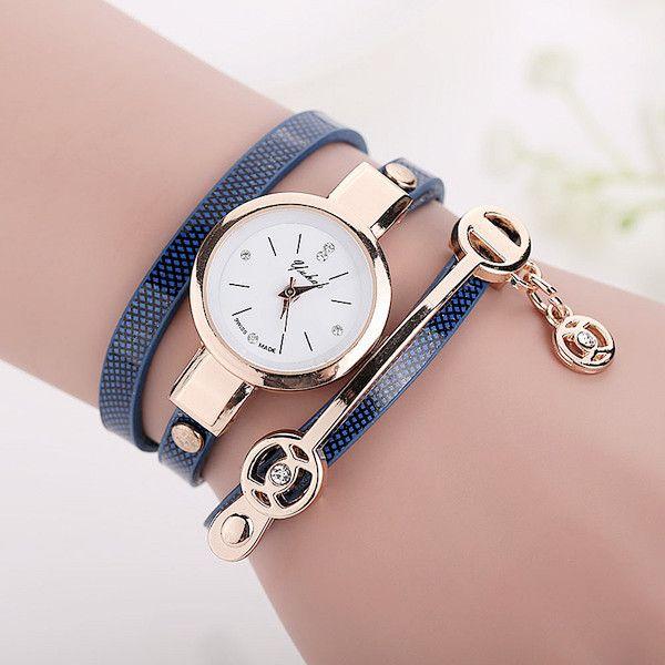 Women Long Leather Bracelet Watches Gold Fashion Quartz Watch Casual Wrist Watch