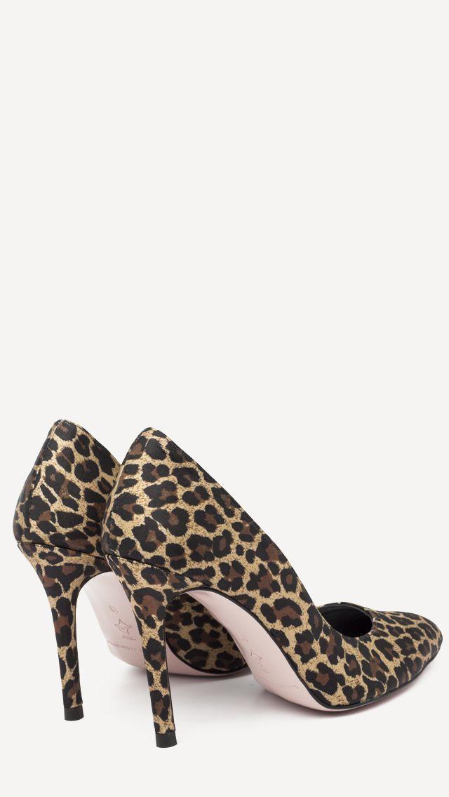 👠 ¿Preparada para disfrutar del sabado?? 🍸🥂 I ❤️ lOVE REINA💕#ZapatosdeVerdad #HechosAmano #MujerActual #SinPalabras #MisZapatosSonUnicos #ReinaArtesanos #ZapatosPersonalizados #SonParaTi #ManuelReina #Goya30 #FelizMiercoles #PasionPorLaModa #SonParaMi #LosQuiero #Bailarinas #Francesitas #ZapatosCasual #LocaPorLosZapatos #elegante #tendencia #casualshoes #fashion #moda #elegante #tendencias #rojo #casual #musthave #zapatosmanuelreina