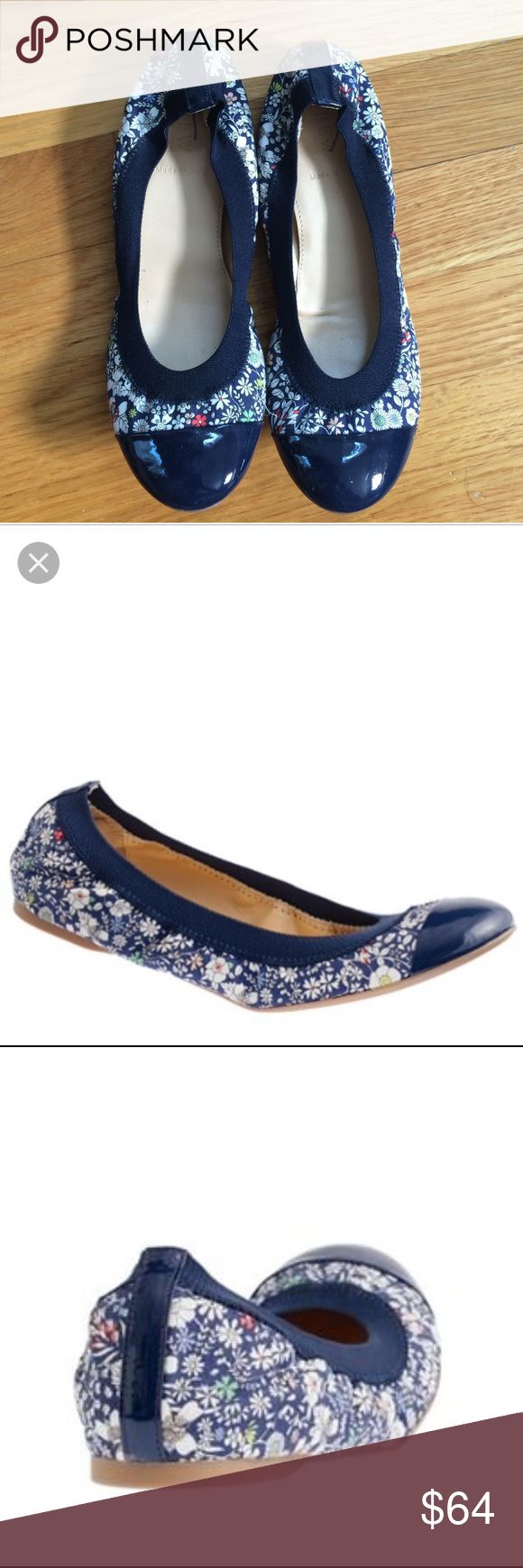 J crew Liberty print ballet flats Adorable J. Crew ballet flats in Liberty of London Print fabric. From the j.crew store (not outlet). Very gently worn (maximum 2 times), they are unfortunately slightly too big for me. I normally wear size 5.5. please see photos for more detail. Made in Italy. J. Crew Shoes Flats & Loafers