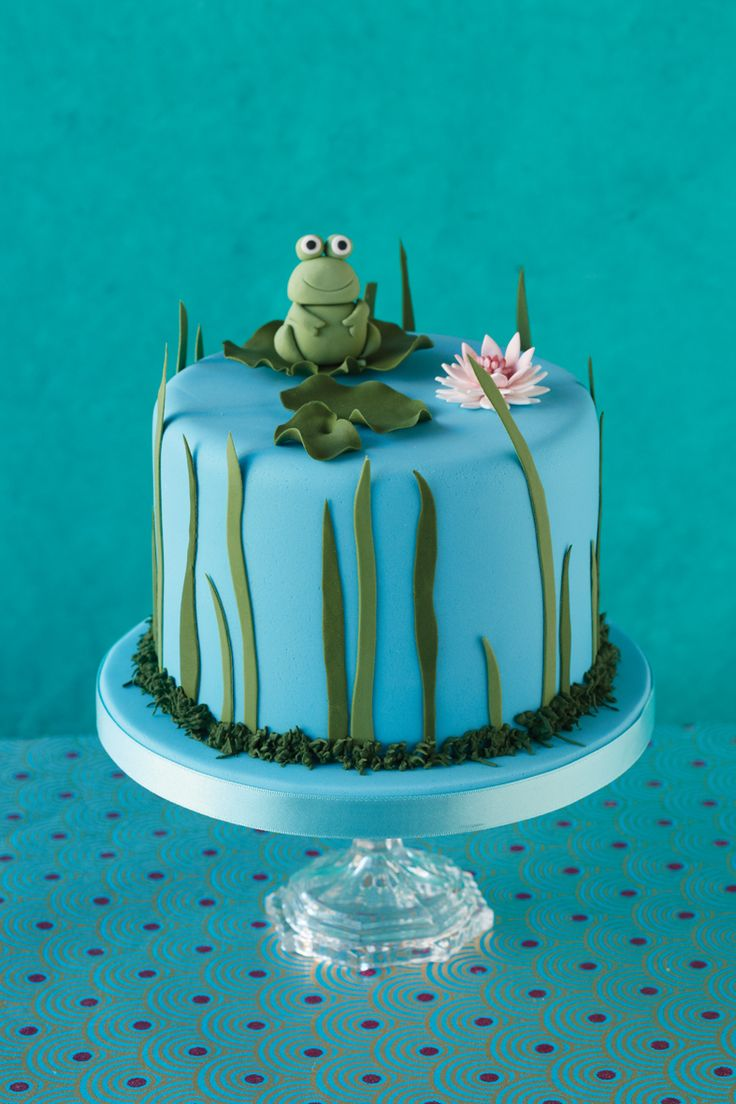 Beautiful frog cake