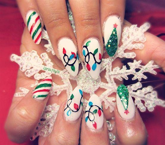 Christmas Nail Art Designs Gallery: Almond Shaped Holiday Nails