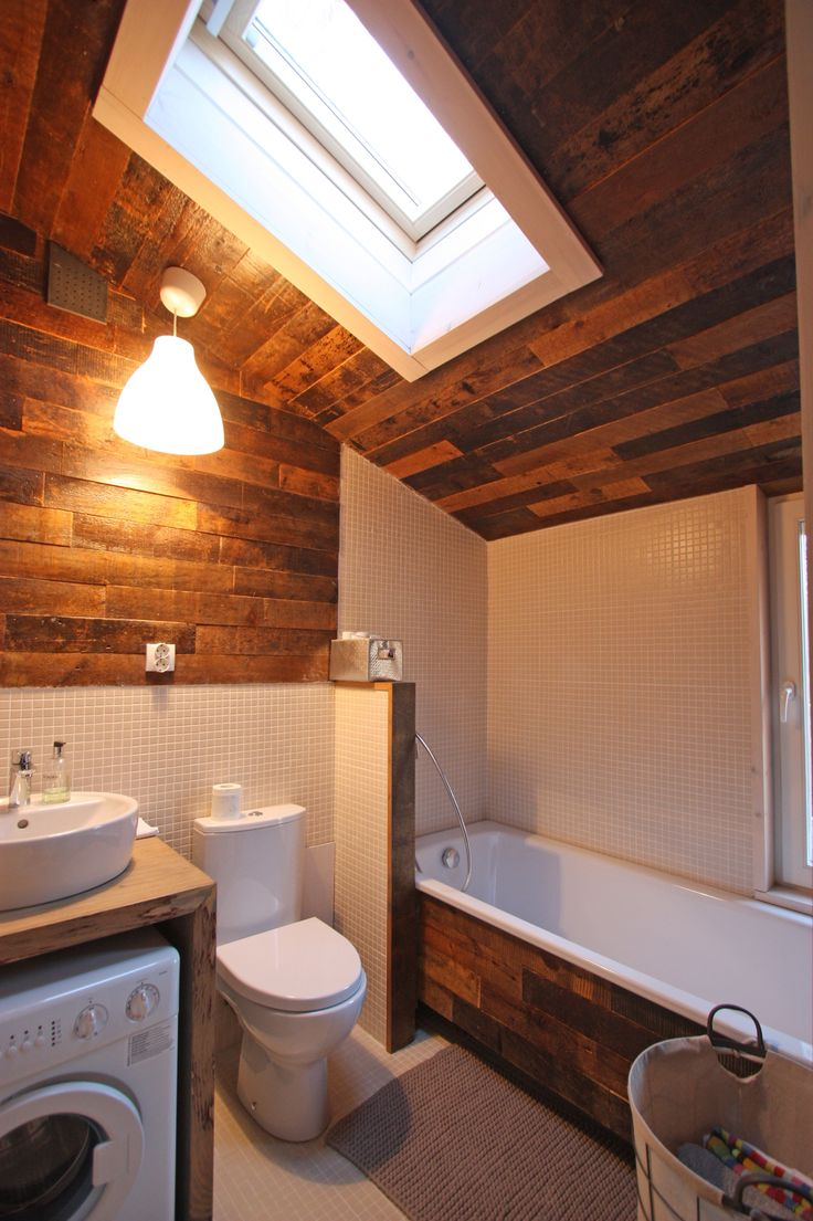 Bathroom in DublDom finished with barn board.