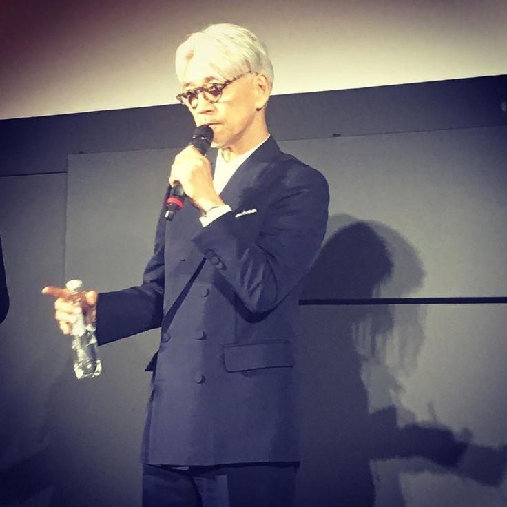 """いいね!77件、コメント1件 ― Carlotta Filmsさん(@carlotta.films)のInstagramアカウント: 「Ryuichi Sakamoto, le grand compositeur de musique de films (""""Furyo"""", """"Le dernier empereur"""", Un thé…」"""