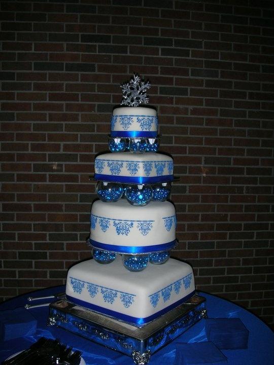 Our Beautiful Winter Wonderland Wedding Cake!