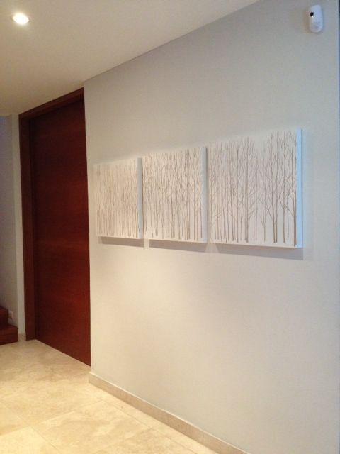 Tríptico de 60 cm. de alto por 180 cm. de ancho, ideal para decorar los pasillos.    Compartido por Dania Ulloa.