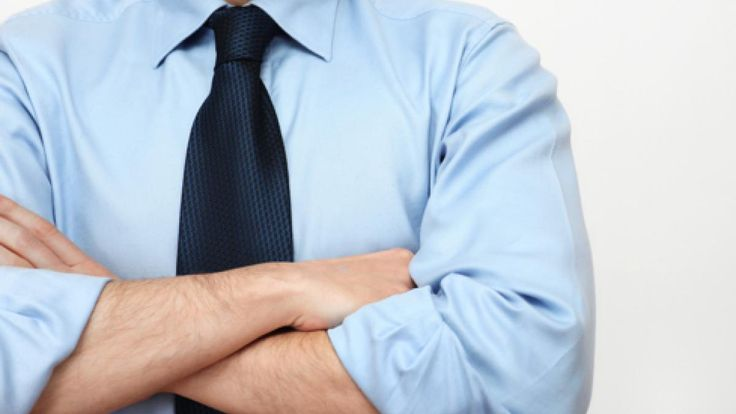 腕組みをかっこよく見せるために前腕を鍛えるウエイトトレーニング