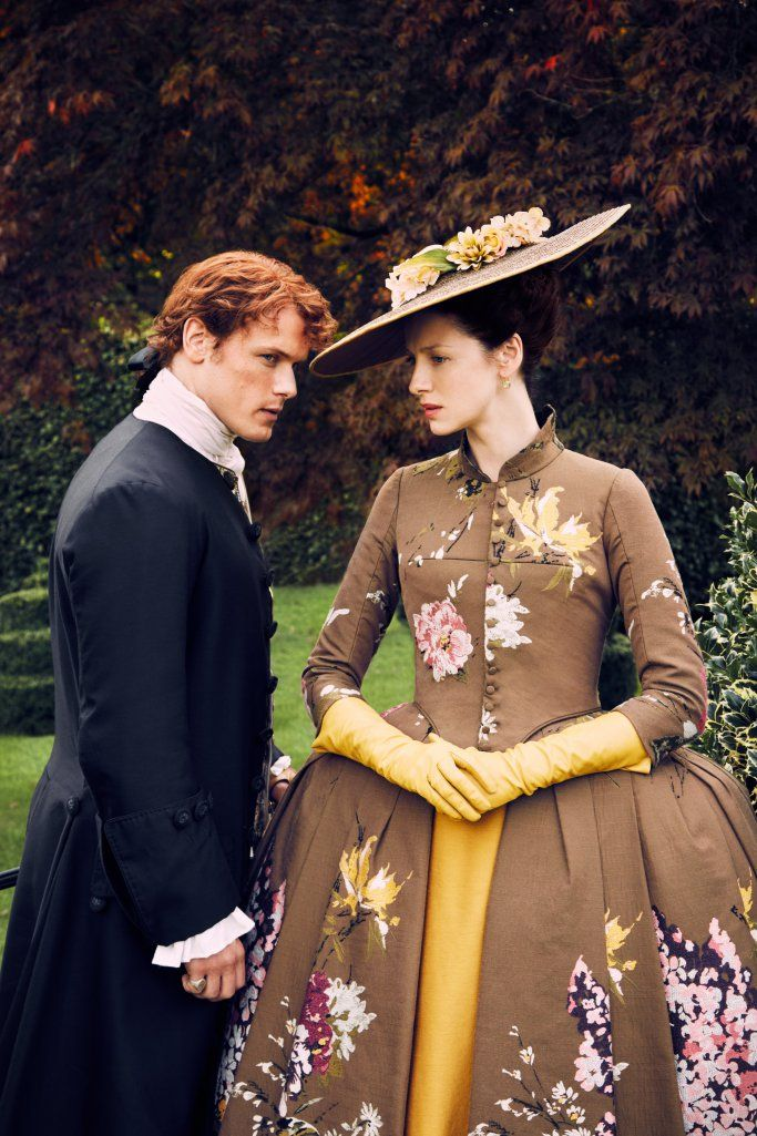 *New* Interview with Sam Heughan and Caitriona Balfe from TV...