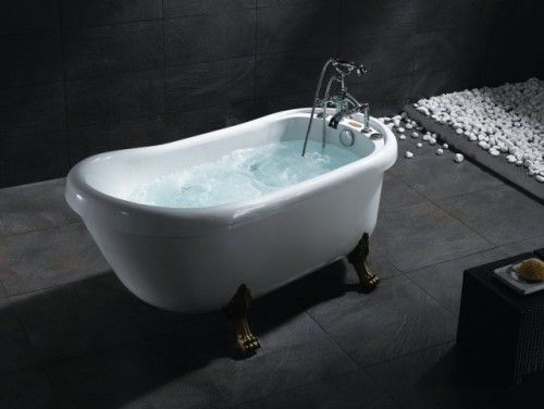 The Perfect Tub Porcelain With Feet And Jets Jacuzzi