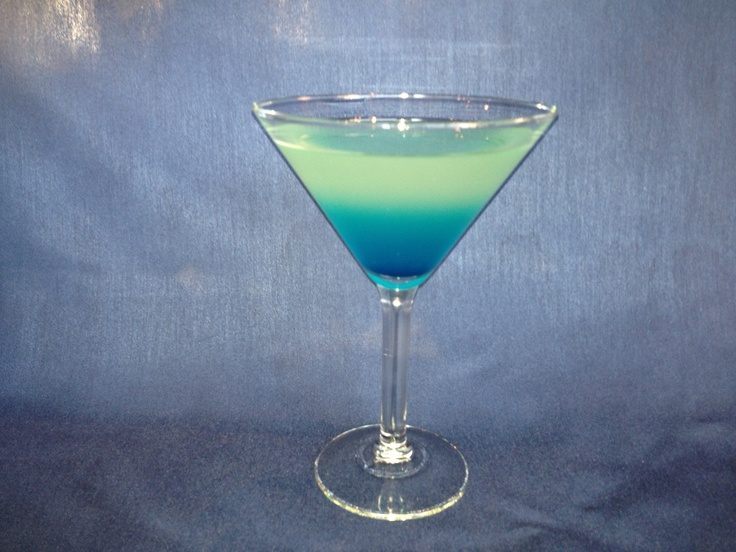 The Oxygen Bar's Signature Drink: H2 Ocean : Stoli Blueberry Vodka, Hypnotic, Blue Curacao  Cranberry Juice.