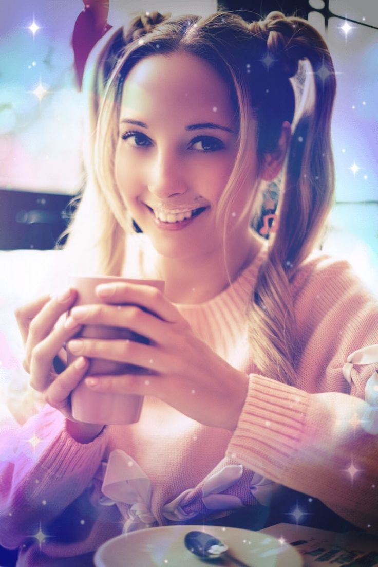 #smile #smily #younggirl #teenagegirl #coffee #latte #cafecafe #happygirl #dreamy #katrin #катрин #улыбка #красиваядевушка #счастливая #милая #романтичная
