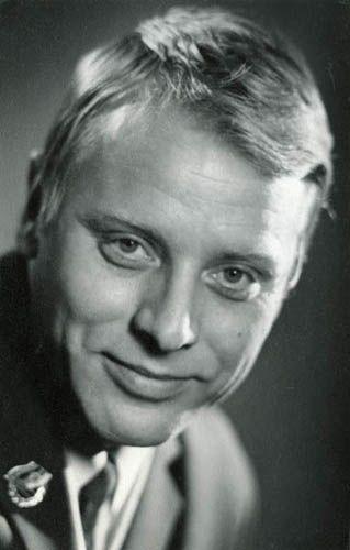 Алексей Сергеевич Эйбоже́нко (6 февраля 1934, Москва, СССР — 26 декабря 1980, Москва, СССР) — советский актёр театра и кино.