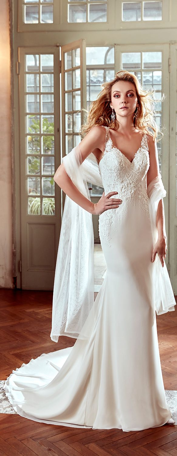 Nicole Ivory mermaid gown. Nicole 2017 Collection - Wedding dress