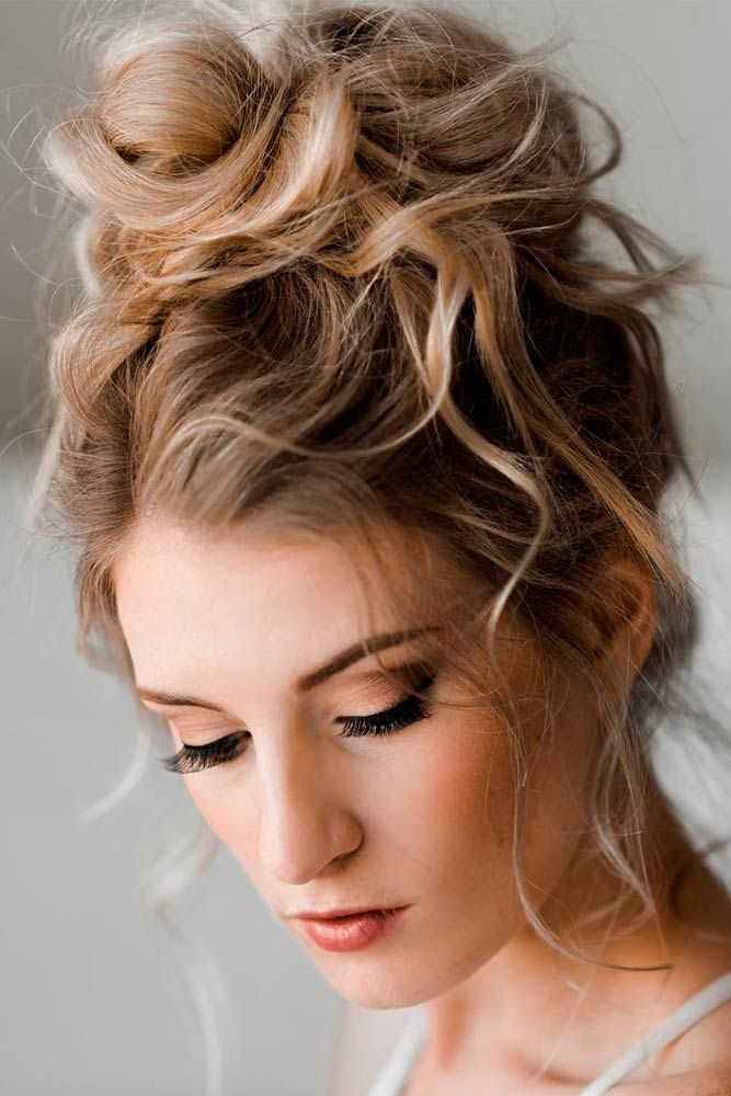24 Trendy Hairstyles for Medium Length Hair You Will Love Hairstyles for medium length hair have become all time favorites among many women. Easily styled, they save your time and look gorgeous and trendy, and we can continue the list of pros for a long time. See these great ideas and make your own 'do.http://glaminati.com/hairstyles-for-medium-length-hair/